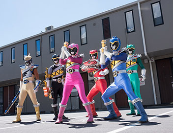 Power Rangers Dino Super Charge - Une mission pétrifiante